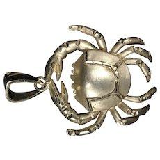 Crab Pendant 14K