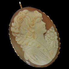 Early 20th Century Shell Cameo in 14 K Gold Filigree Brooch / Pin or Necklace