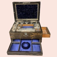 Victorian Cosmetic & Jewelry Traveling Case