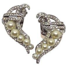 Vintage Signed Marvella Imitation Pearl and clear rhinestones Clip Earrings
