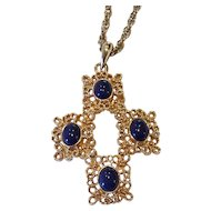 """Vintage Sarah Coventry """"Victoria Blue"""" Necklace Gold-tone 1975"""