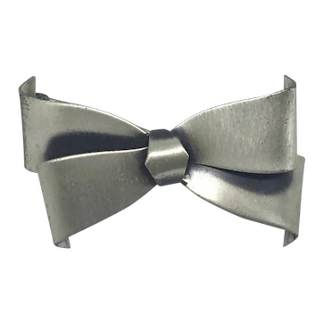 Danecraft Sterling Bow Pin 3D Ribbon Rare Silver Brooch