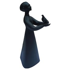 Modernist 1977 Art Pottery Sculpture Woman with Bird PEASE Royal Doulton made in England