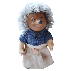 German 50´s Steiff Hedgehog medium rubber head Micki mother doll with all ID´s