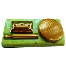 vintage Maryolet safety razor Set in gold ton