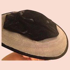 1940's Velvet Ladies Fascinator Hat -