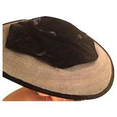 CLEARANCE: Stunning 1940's Velvet Ladies Fascinator Hat