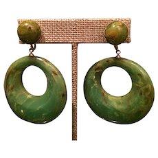 Bakelite Spinach 60's Screw-back Hoop Earrings