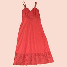 Full Slip Coral  Lace Vanity Fair