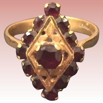 SALE Vintage 18 K Italian Gold Garnet Ring