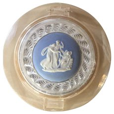 Large Vintage Wedgwood Powder Makeup Compact