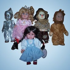 5 Vintage Wizard of Oz Dolls in original costumes - ZY Toys