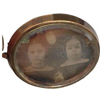 Antique Georgian Haunting Sisters Daguerreotype Photo Morning Memento Mori Victorian Brooch Pin