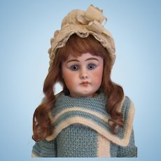Antique German Bisque Simon Halbig 949 doll closed mouth