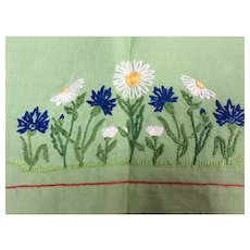1920's Green Linen flower embroidered Table Cloth