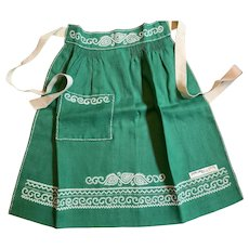 Child's Embroidered Apron approx age 7