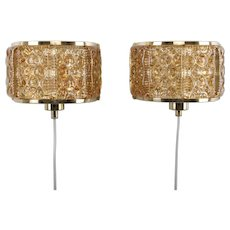 GALLALAMPET pair of sconces by Vitrika 1960s. Danish vintage design. A gorgeous pair of brass wall lights with golden pressed glass pieces