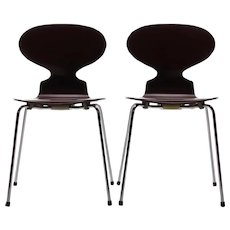 ANT CHAIRS (pair) Model 3100 Chairs by Arne Jacobsen Fritz Hansen 1952. Danish mid-century design. Set of two iconic brown chairs