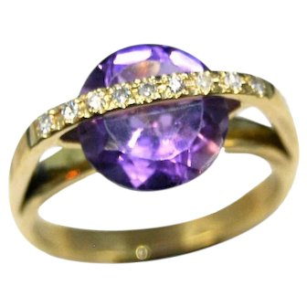 18 K Gold Engagement ring with Amethyst and diamonds