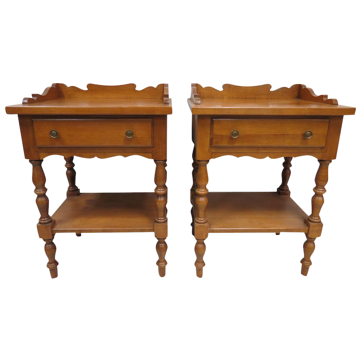 Pair Of Thomas P Beals Solid Maple End Tables Or Night Stands No 7 Pickery Place Ruby Lane