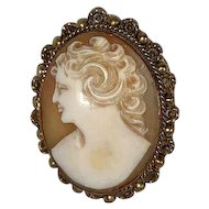 Small Victorian Shell Cameo Brooch/Pin 30mm x 25mm