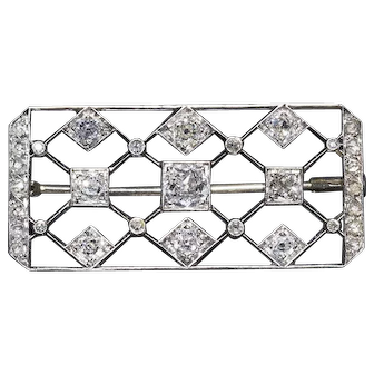 French Vintage  Art Deco 2.3 ctw 0.950 Platinum and Diamonds Rectangle Brooch