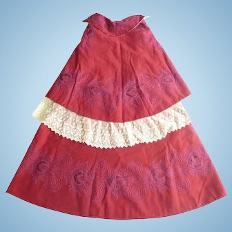 Fabulous Victorian or Edwardian baby's or doll's double layer cape in red with embroidery