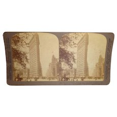 """Antique 1904 """"The Famous New York Flatiron Building"""" Stereoview Card"""