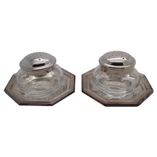 137g/4.8-oz. Vintage Genuine Silver Italian Made Signed by Artist Salt & Pepper Shakers, Stamped