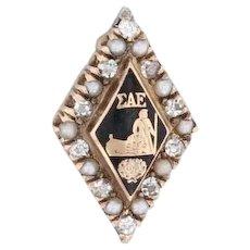 Sigma Alpha Epsilon Badge 14k Yellow Gold Pearl Black Enamel SAE Fraternity Pin