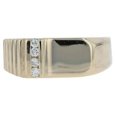 .10ctw Engravable Men's Diamond Ring - 14k Yellow Gold Wedding Band Size 10.5