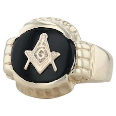 Onyx Masonic Ring - 10k Yellow Gold Size 11 Men's Blue Lodge Square & Compass