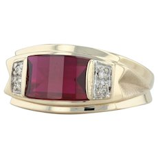 Men's Diamond & Synthetic Ruby Ring - 10k Yellow Gold Size 10 Barrel Cut