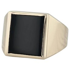 Onyx Men's Ring - 14k Yellow Gold Size 9.5 Signet