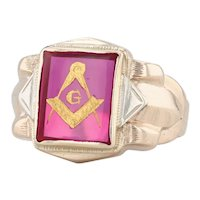 Masonic Blue Lodge Insignia Ring 10k Yellow Gold Synthetic Ruby Size 10.5