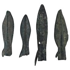 Ancient Arrowheads Lot of 4 Rib Bladed Biblade with Spur Weaponry Patinaed