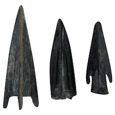 Ancient Arrowheads Trilobate Triblade Pyramid Weaponry Patinaed Lot of 3
