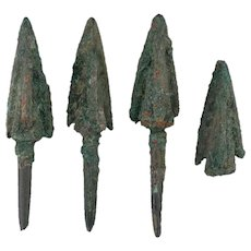 Ancient Arrowheads Lot of 4 Triblade Trilobate Pyramid Weaponry Patinaed