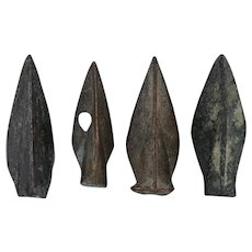 Ancient Arrowheads Triblade Trilobate Pyramid Weaponry Patinaed Lot of 4