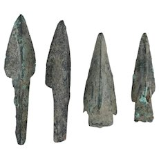 Ancient Arrowheads Lot of 4 Trilobate Pyramid Triblade Patinaed Weaponry