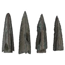 Ancient Arrowheads Lot of 4 Triblade Trilobate Pyramid Patinaed Weaponry