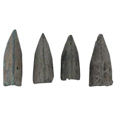 Ancient Arrowheads Lot of 4 Trilobate Triblade Pyramid Patinaed Weaponry
