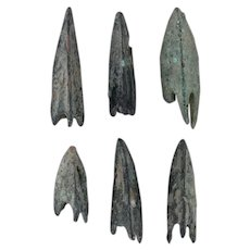 Lot of 6 Ancient Arrowheads Antique Weaponry Triblade Trilobate Patinaed