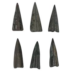 Ancient Weaponry Arrowheads Lot of 6 Patinaed Trilobate Triblade Pyramid