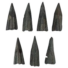 Ancient Weaponry Arrowheads Lot of 7 Patinaed Triblade Trilobate Pyramid