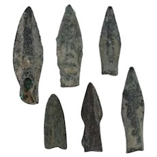 Ancient Weaponry Arrowheads Biblade Rib Blade Pyramid Patinaed Lot of 6