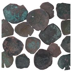 Ancient Coins Roman Artifacts Figural Mixed Lot of 16 B7311