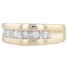 0.30ctw Men's Diamond Ring - 14k Yellow Gold Size 11 Wedding Band