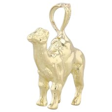 Camel Pendant 18k Yellow Gold Animal Charm 3D Figural
