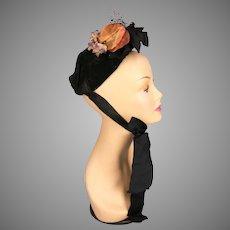 Antique Victorian 1880s velvet bonnet